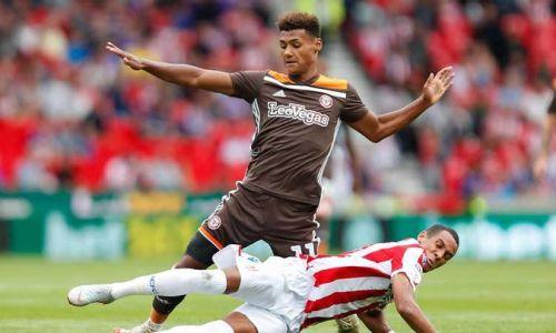 Soi kèo Stoke vs Brentford, 1h45 ngày 28/10 dự đoán cúp Liên đoàn Anh