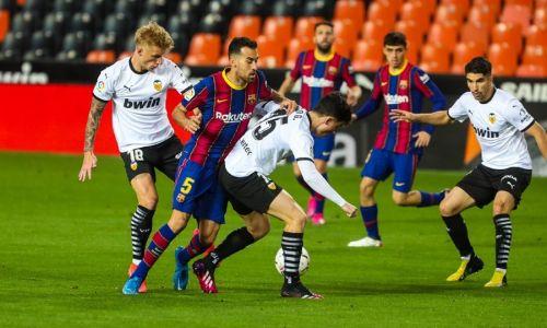 Soi kèo Phạt góc Barcelona vs Valencia, 2h00 ngày 18/10 dự đoán La Liga